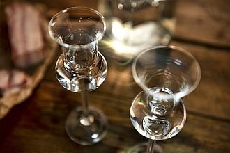 VS HAMEDAM 2 grappa Sada 2 skleniček na grappu či rum